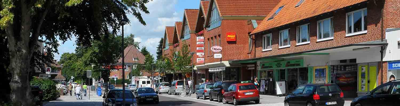 Sommerliche Bahnhofstraße Quickborn